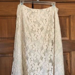 NY and Co beige lace skirt